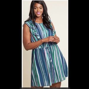 Pretty ModCloth dress! 👗